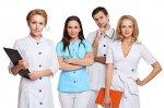 Какие бывают медицинские халаты и как их выбирать?